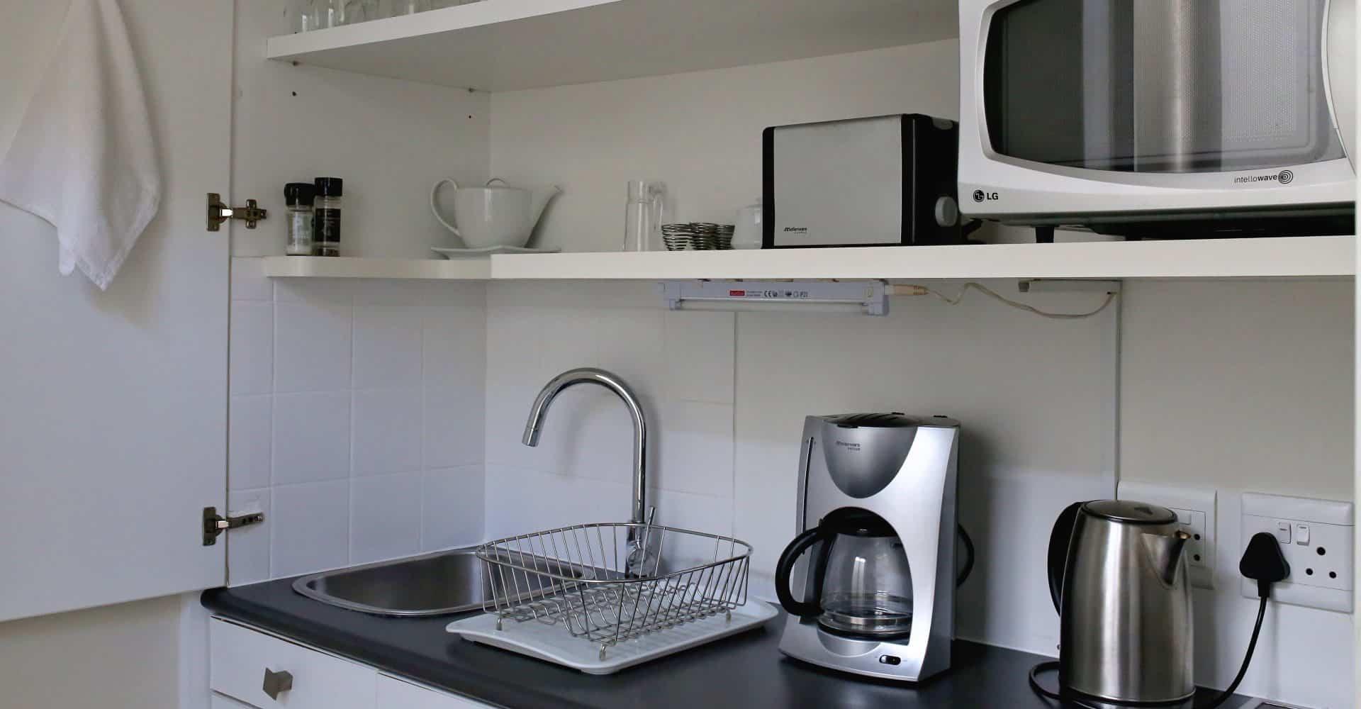 Voll ausgestattete Küchenzeile in den Appartements von Da Heim