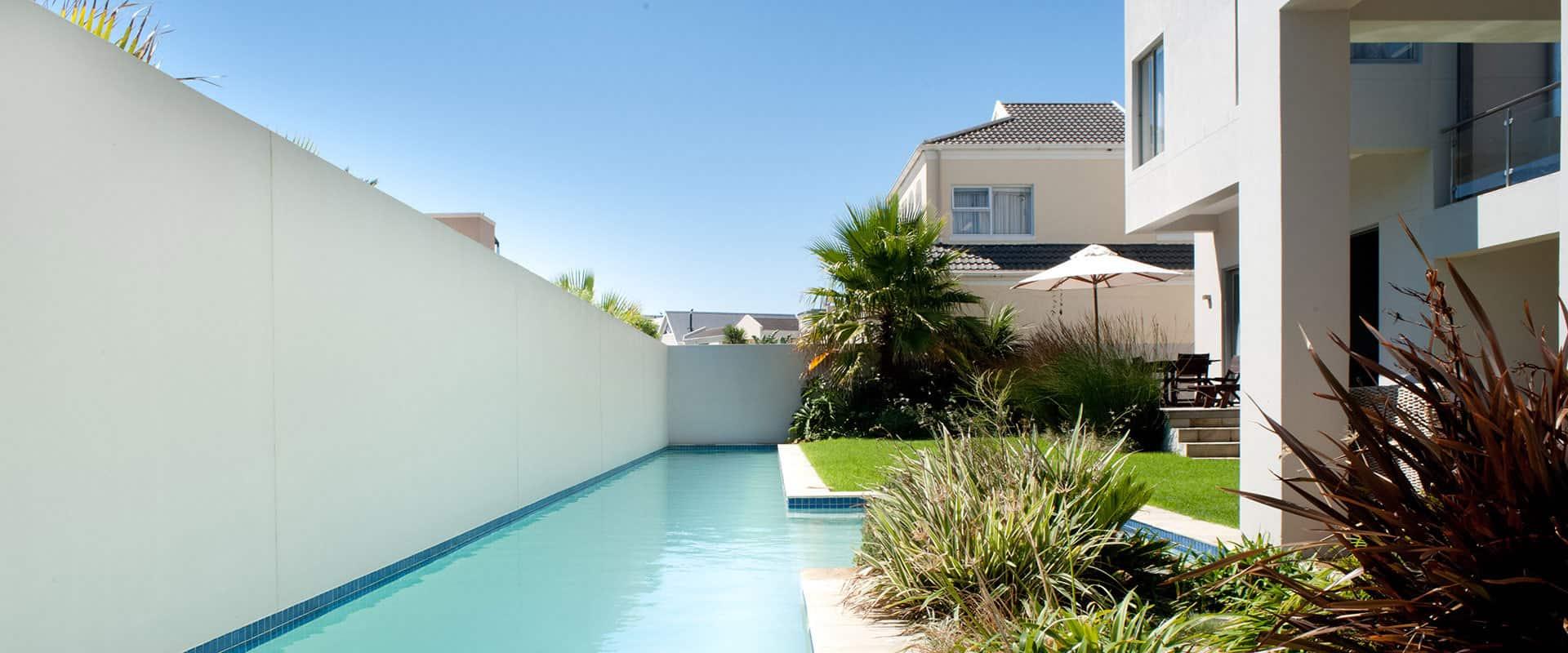 da Heim Guesthouse Kapstadt Pool und Garten