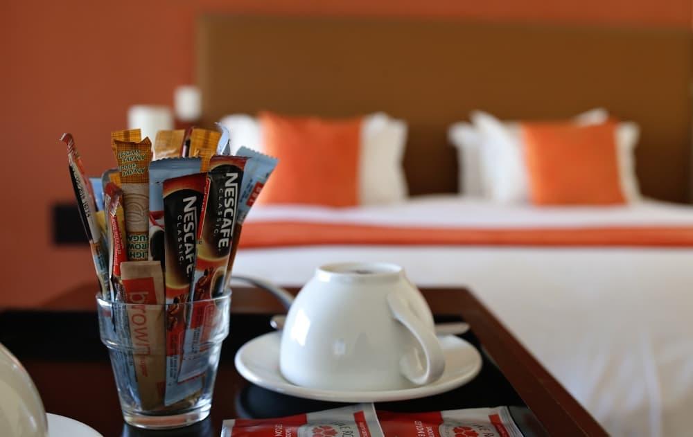 Kaffee und Tasse zum selber zubereiten - coffee cup and coffee to prepare at wish